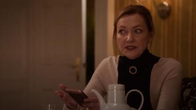 Helmut Lang Colorblock Turtleneck Sweater outfit worn by Lorraine Zimmer (Julie White) in Designated Survivor (Season 03 Episode 03) - TV Show Outfits and Products