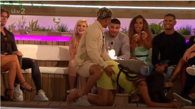 I Saw It First Black Clear Strap And Block Heel Sandals outfit worn by Anna Valkili in Love Island (S05E15) - TV Show Outfits and Products