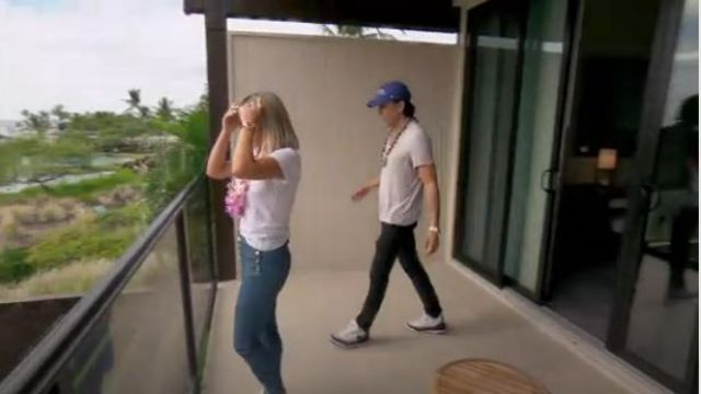 J Brand Natasha Sky High Crop Skinny Jeans outfit worn by Teddi Mellencamp Arroyave in The Real Housewives of Beverly Hills (S09E15) - TV Show Outfits and Products