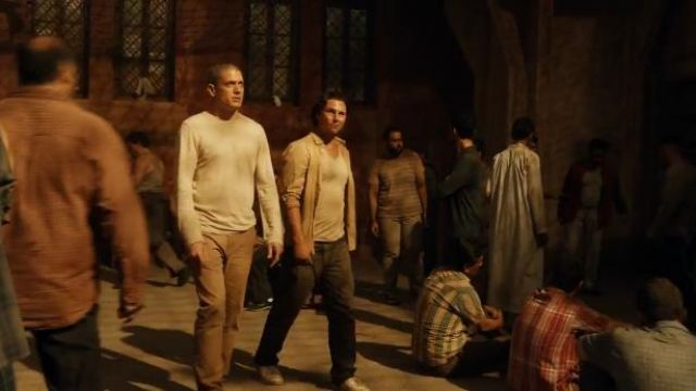 J Crew Bowery classic pant outfit worn by Michael Scofield (Wentworth Miller) in Prison Break (S05E02) - TV Show Outfits and Products