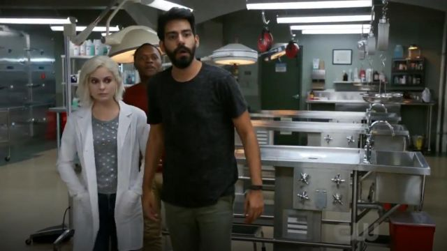 J. Crew Metallic Stars T Shirt outfit worn by Olivia Moore (Rose McIver) in iZombie (S05E03) - TV Show Outfits and Products