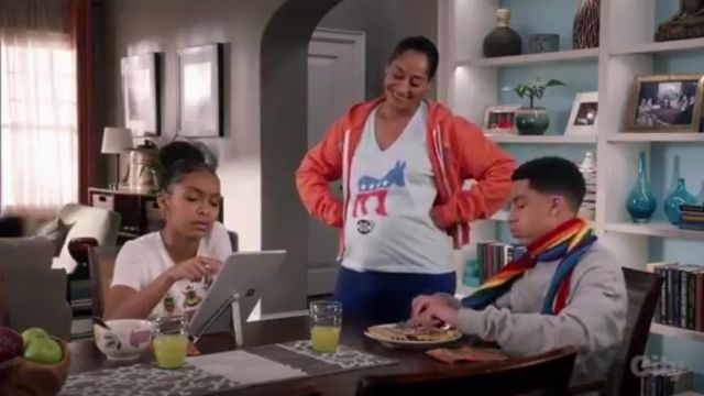 J.Crew For The Xerces Society Save The Bees T shirt outfit worn by Zoey Johnson (Yara Shahidi) in black-ish (Season 03 Episode 12) - TV Show Outfits and Products