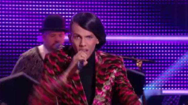 Fashion Trends 2021: Jacket Moasert scope by Stromae (his double female) for its All the same in The Grand Journal Friday, November 15, 2013