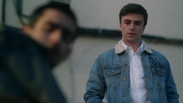 Jacket in the jean outfit worn by Samuel (Itzan Escamilla) seen in Elite Season 1 Episode 1 - TV Show Outfits and Products