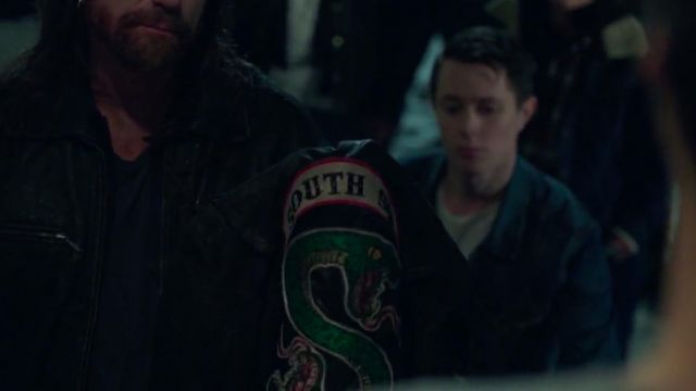 Fashion Trends 2021: Jacket of the Southside Serpents in Riverdale Season 1E13