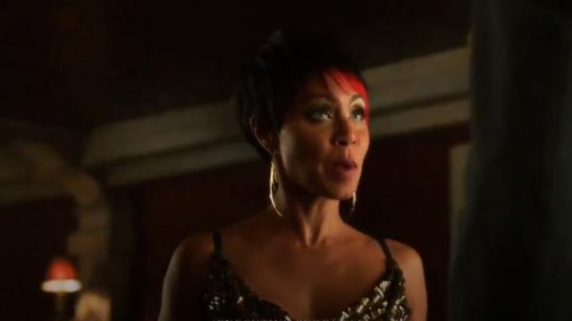 K/LLER Brass Feather Earrings outfit worn by Fish Mooney (Jada Pinkett Smith) in Gotham (S01E02) - TV Show Outfits and Products