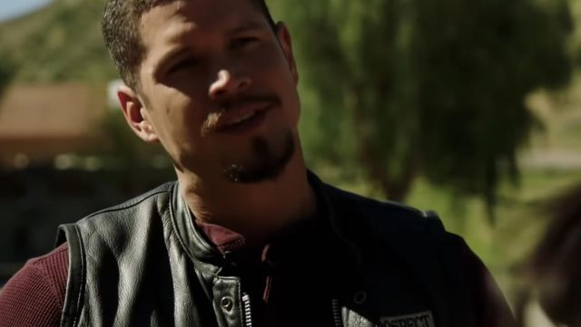 Knit sweater burgundy Ezekiel Reyez (J. D. Pardo) seen in Mayans Season 1 Episode 1 - TV Show Outfits and Products