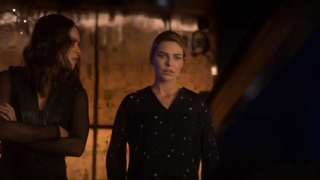 L'Agance Nina Blouse outfit worn by Chloe Decker (Lauren German) in Lucifer (S04E10) - TV Show Outfits and Products