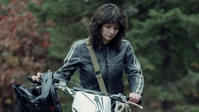 Leather jacket outfit worn by Vic McQueen (Ashleigh Cummings) in NOS4A2 (Season 1) - TV Show Outfits and Products