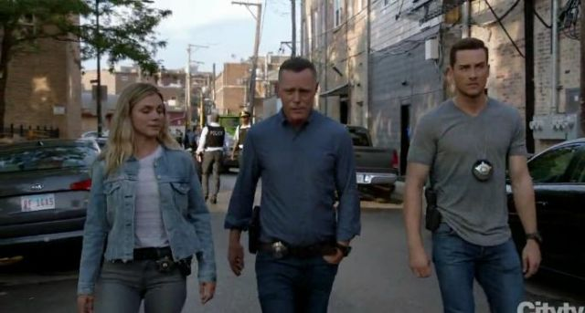 Levi's Altered Trucker Jacket outfit worn by Hailey Upton (Tracy Spiridakos) in Chicago P.D. Season 7 Episode 3 - TV Show Outfits and Products