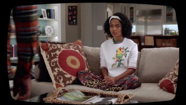 Little sweater with embroidery parrot Maje of Zoey Johnson (Yara Shahidi) seen in Grown-ish Season 1 Episode 5 - TV Show Outfits and Products