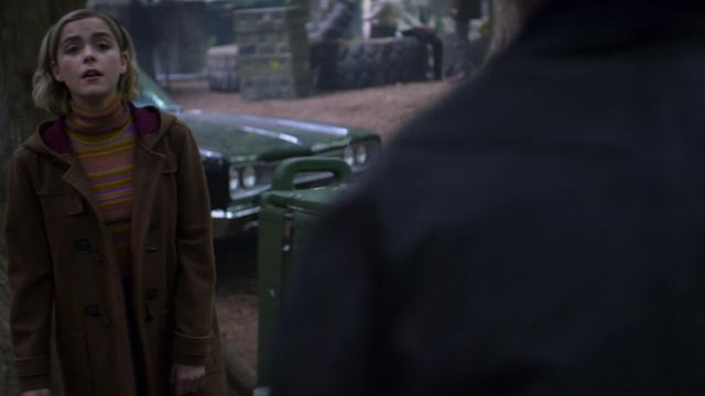 Long coat brown Sabrina Spellman (Kiernan Shipka) seen in The New Adventures of Sabrina Season 1 Episode 8 - TV Show Outfits and Products