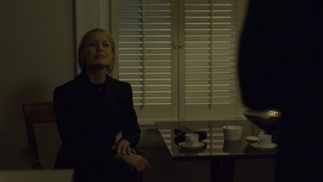 Long coat of Claire Underwood (Robin Wright) seen in House of Cards Season 6 Episode 2 - TV Show Outfits and Products