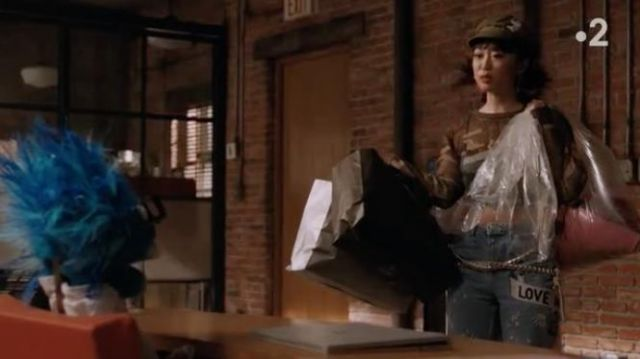 Fashion Trends 2021: Love Me Bleach Mom Jeans outfit seen on Monica (Alice Lee) in Take Two (S01E06)