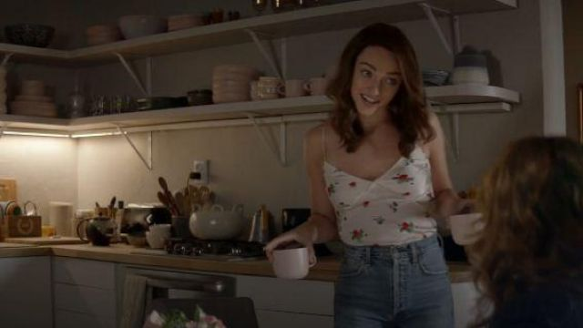Madewell Blue High Rise Jeans outfit worn by Cara Bloom (Violett Beane) in God Friended Me Season 2 Episode 3 - TV Show Outfits and Products