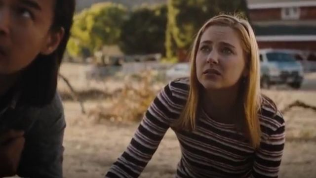Madewell Elsie stripe button sleeve Tee outfit worn by Violet Simmons (Haley Ramm) in Light as a Feather Season 2 Episode 16 - TV Show Outfits and Products
