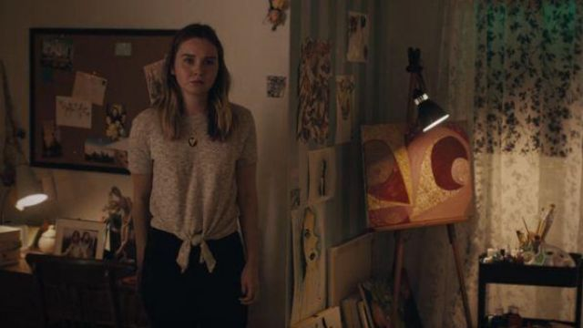 Madewell Grey tie front sweater tee outfit worn by McKenna Brady (Liana Liberato) in Light as a Feather Season 02 Episode 11 - TV Show Outfits and Products