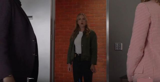 Madewell Whisper Cotton Crew Tee outfit worn by Ellie Bishop (Emily Wickersham) in NCIS Season17 Episode03 - TV Show Outfits and Products