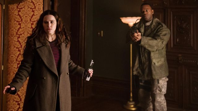 Mantle of Jennifer Goines (Emily Hampshire) seen in 12 Monkeys Season 3 Episode 7 - TV Show Outfits and Products
