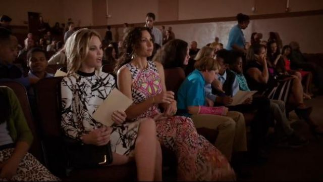 Mara Hoffman Multicolor Maxi Dress Tie Neck outfit worn by Fiona (Minnie Driver) in About a Boy (S02E06) - TV Show Outfits and Products
