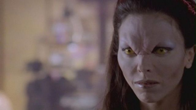 Mask of Drusilla (Juliet Landau) on Buffy the vampire slayer (Season 2 Episode 1) - TV Show Outfits and Products
