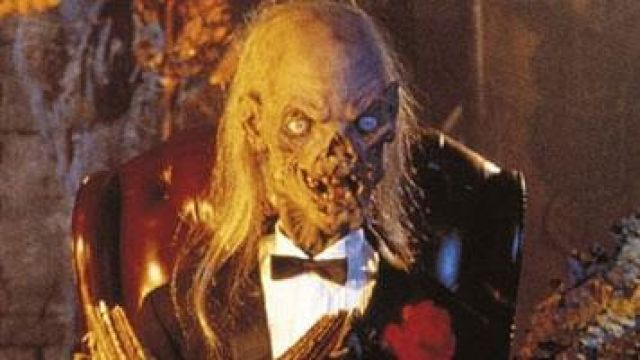 Fashion Trends 2021: Mask of the skeleton, which presents the series tales from the crypt Season 1 Episode 1