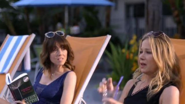 Melody Beattie Codependent No More read by Judy Hale (Linda Cardellini) in Dead to Me (S01E05)