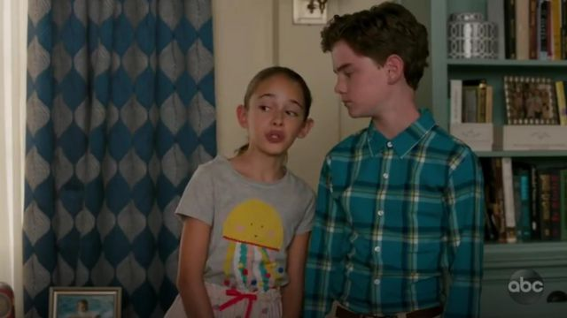 Mini Boden Pink jellyfish Tee outfit worn by Anna-Kat Otto played (Julia Butters) in American Housewife Season 4 Episode 2 - TV Show Outfits and Products
