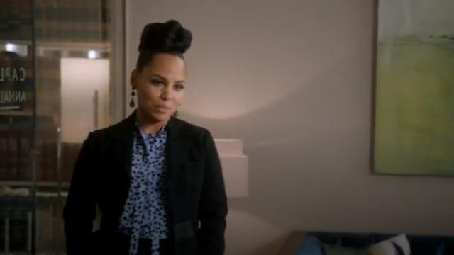 No. 21 Blue Printed star blouse outfit worn by Tegan Price (Amirah Vann) in How to Get Away with Murder Season 6 Episode 2 - TV Show Outfits and Products