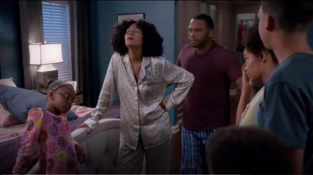 Olivia Von Halle Lila Amalia Printed Silk Satin Pajama Set outfit worn by Rainbow Johnson (Tracee Ellis Ross) in black-ish (S02E02) - TV Show Outfits and Products