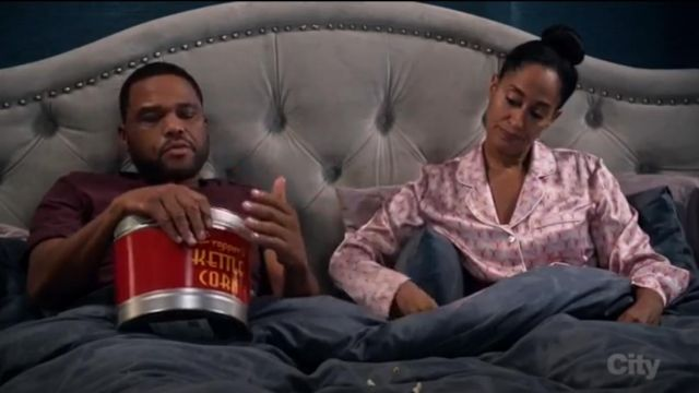 Olivia Von Halle Lila Saori Printed Long Sleeve Pajama Set outfit worn by Rainbow Johnson (Tracee Ellis Ross) in black-ish (S03E02) - TV Show Outfits and Products