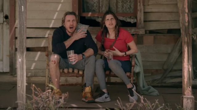 Outdoor Voices 7/8 Springs Legging outfit worn by Rio (Lake Bell) in Bless This Mess (S01E06) - TV Show Outfits and Products