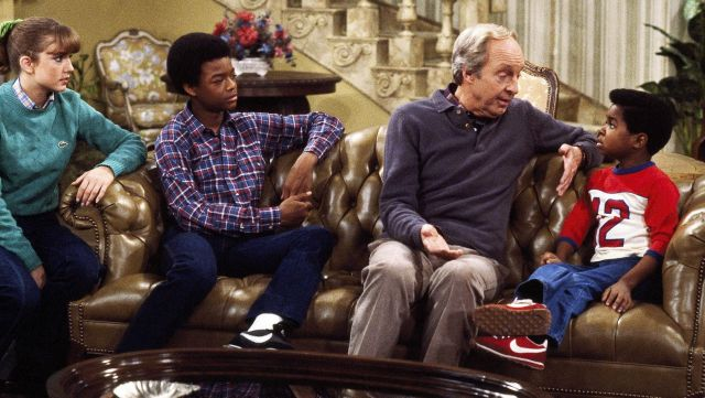 Fashion Trends 2021: Pair of Nike Cortez red of Arnold Jackson (Gary Coleman) seen in Arnold & Willy