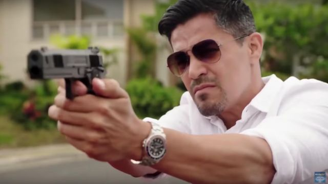 Pair of sunglasses Aviator of Thomas Magnum (Jay Hernandez) seen in Magnum P. I. (2018) (Season 1) - TV Show Outfits and Products