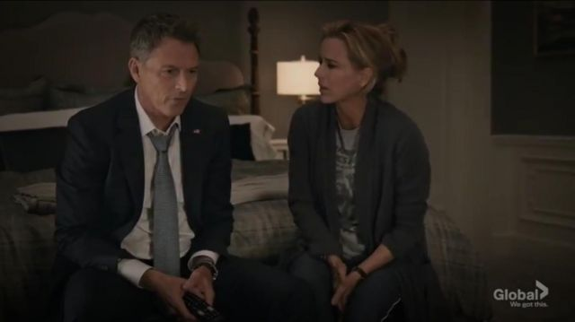 Peter Frampton Comes Alive T Shirt outfit worn by Elizabeth McCord (Téa Leoni) in Madam Secretary Season 6 Episode 1 - TV Show Outfits and Products