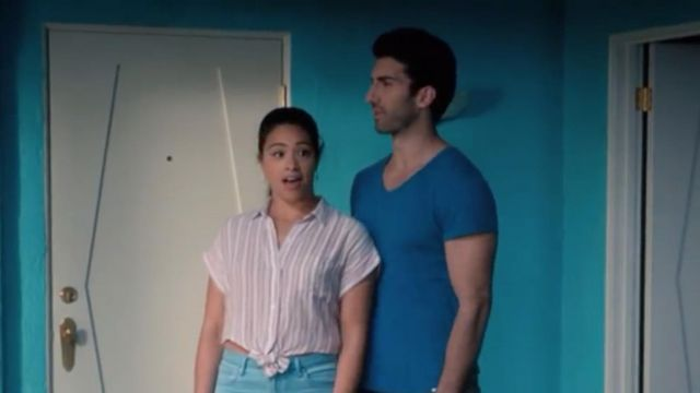 Pink shirt striped Rails of Jane Villanueva (Gina Rodriguez) seen in Jane the Virgin Season 4E16 - TV Show Outfits and Products