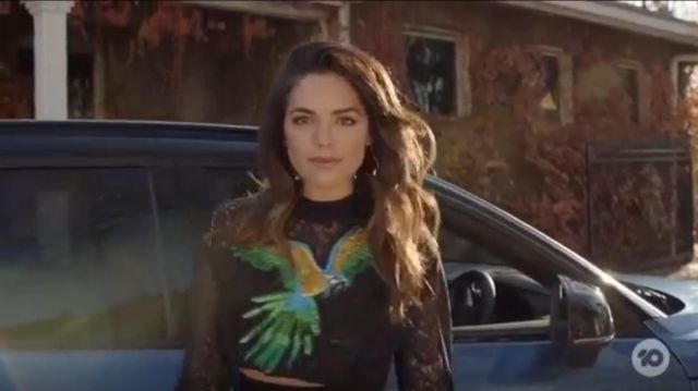 Pinko Parrot Sweater outfit worn by Tahlia Woods (Olympia Valance) in Playing for Keeps Season 02 Episode 01 - TV Show Outfits and Products