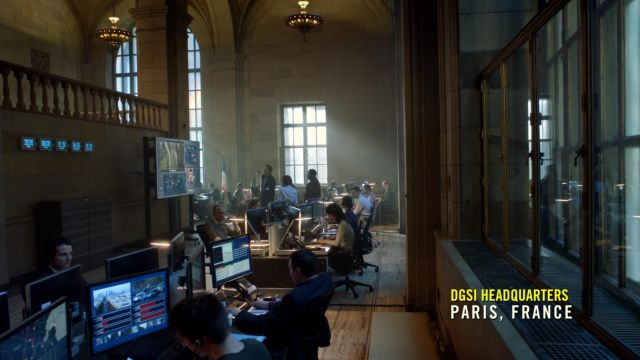 Premises of the ISB to Paris in the series Jack Ryan Season 1 Episode 3 - TV Show Outfits and Products