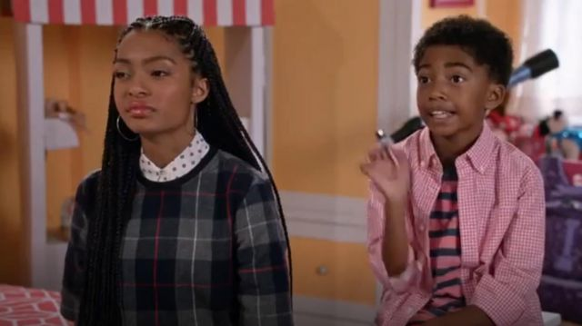Rag & Bone Jean Austin Plaid Short Sleeve Top outfit worn by Zoey Johnson (Yara Shahidi) in black-ish (S02E10) - TV Show Outfits and Products