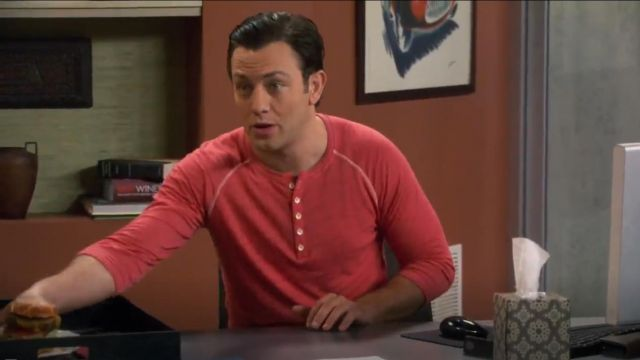 Rag & Bone Slub Cotton Slim Fit Henley outfit worn by Josh Kaminski (Jonathan Sadowski) in Young & Hungry (S01E07) - TV Show Outfits and Products