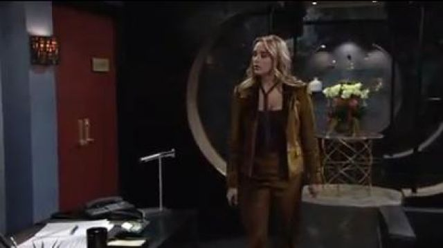 Rag & bone Rei Velvet notch collar tailored blazer outfit worn by Summer Newman (Hunter King) on The Young and the Restless October 8, 2019 - TV Show Outfits and Products