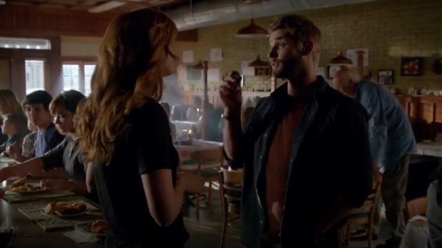 Ralph Lauren Slim Heritage Western Shirt outfit worn by Dale 'Barbie' Barbara (Mike Vogel) in Under the Dome (S02E06) - TV Show Outfits and Products