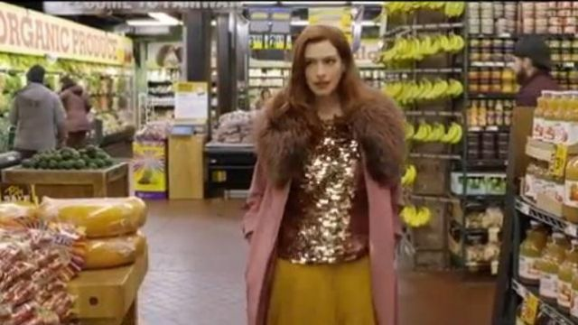 Ramy Brook Halter Top outfit worn by Lexi (Anne Hathaway) in Modern Love Season 01 Episode 03 - TV Show Outfits and Products