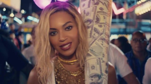 Ras neck Paula Mendoza gold-plated outfit worn by Beyoncé in her video clip XO - Youtube Outfits and Products