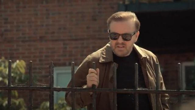 Ray Ban 0RB2132 Wayfarer Sunglasses outfit seen on Tony (Ricky Gervais) in After Life (S01E05) - TV Show Outfits and Products