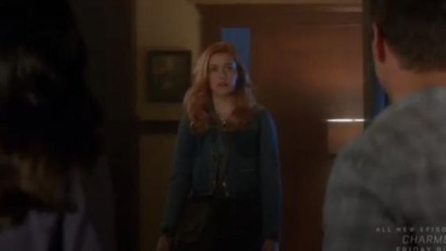 Re/Done Blue + Levi's cropped two-tone denim jacket outfit worn by Nancy Drew (Kennedy McMann) in Nancy Drew Season 1 Episode 1 - TV Show Outfits and Products