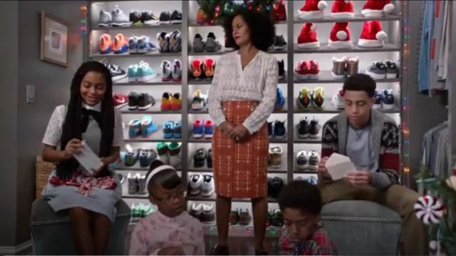 Rebecca Taylor Ice Cap Top outfit worn by Rainbow Johnson (Tracee Ellis Ross) in black-ish (S02E10) - TV Show Outfits and Products