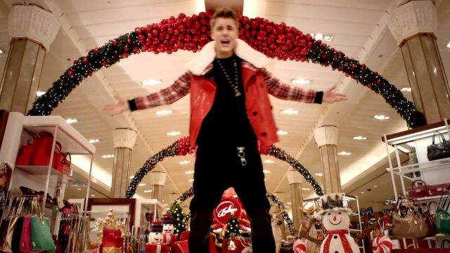 Red leather jacket and short plaid of Justin Bieber in her music video All I Want For Christmas Is You - Youtube Outfits and Products