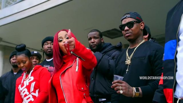 Red leather jacket outfit worn by Cardi B in his clip Red Barz - Youtube Outfits and Products