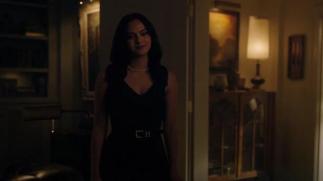 Review Australia Black Pilly Pearl Belt outfit worn by Veronica Lodge (Camila Mendes) in Riverdale Season 4 Episode 6 - TV Show Outfits and Products